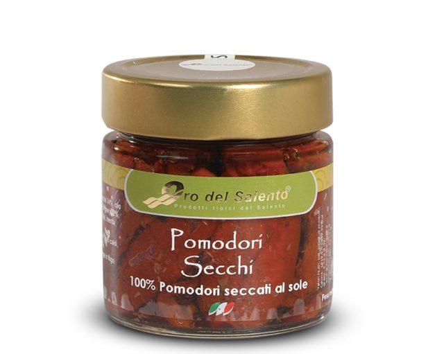An der Sonne getrocknete Tomaten aus Apulien in extra native Olivenöl eingelegt.