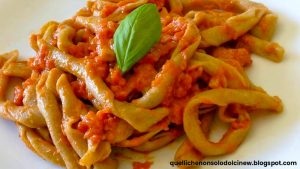 Sagne 'ncannulate/rolled lasagna with Ricotta forte