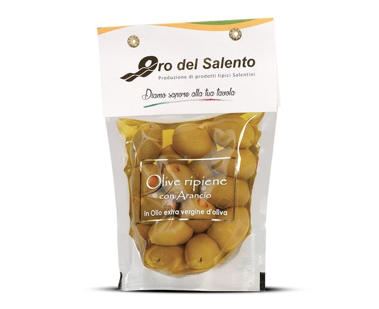 Olive verdi ripiene all'arancio in olio extravergine di oliva