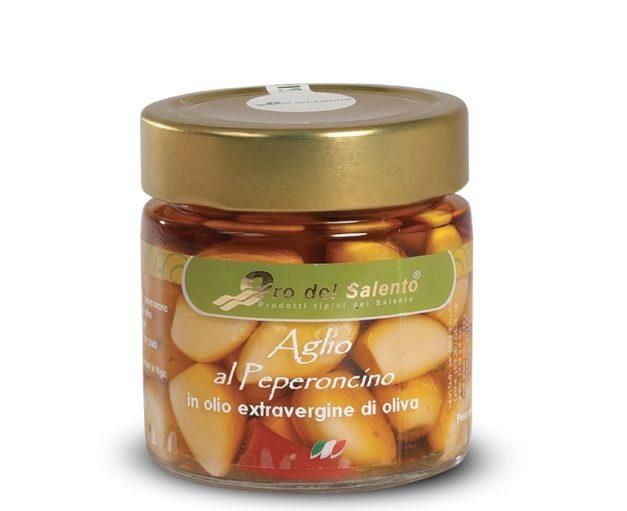 Vasetto di aglio piccante in olio extravergine